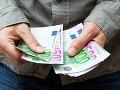 Štatistici zverejnili platy: V týchto odvetviach oproti minulému roku Slováci zarobili