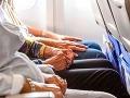 Dôchodkyňa (87) preplakala celú 13-hodinovú cestu: Kruté poníženie kvôli meškajúcemu letu