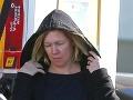 Jennie Garth ako zrelá, 45-ročná žena.