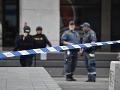 Auto narazilo do ľudí pred klinikou v Štokholme: Babička si pomýlila pedále