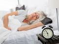 Toto je vek, od ktorého sa môže spánok zmeniť na nočnú moru: Vedci prezradili príčiny