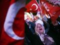 Turecko zverejnilo konečné výsledky kontroverzného referenda: Bolo to tesné
