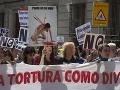VIDEO Proti býčím zápasom protestovali v Španielsku tisíce: Je to najhoršia forma krutosti