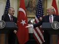 Erdogan a Trump si telefonovali: Hlavnou témou bolo ukončenie krízy v sýrskom Idlibe