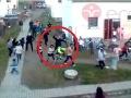 Nové fakty o uniknutom VIDEU policajnej brutality: Hrozivé spovede svedkov