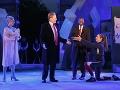 Sporná divadelná hra: Trump ako Caesar spôsobil ukončenie sponzoringu