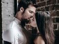Päť úžasných vecí, ktoré robí vaše telo, keď sa s niekým bozkávate po prvýkrát