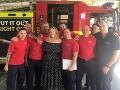 Hasiči v Londýne si zaslúžili výnimočnú návštevu: Prišla ich pozrieť samotná Adele
