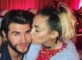 Frajer Miley Cyrus zverejnil FOTO a všetci... Och! Ach!