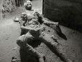 FOTO mŕtvoly pobúrila internet: To čo robil pred smrťou, onanoval?
