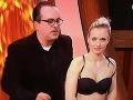 Sexi prekvapenie v jojkárskej šou: Diváčka vyšla na pódium, vyzliekla šaty a... Uff!