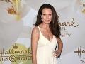 Známa herečka (59) ohúrila v bielom: Aha, je krásna aj s vráskami!