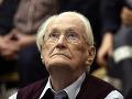 Nemecký súd bol nemilosrdný: Bývalý dozorca z tábora Auschwitz je spôsobilý na výkon trestu
