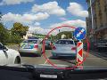 VIDEO Dramatická policajná naháňačka v Prahe: Nadrogovaný recidivista ohrozil aj malé dieťa