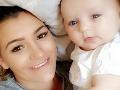 Najhorší zážitok mladej mamičky s bábätkom: Cez strop liezli do bytu červy, hrozný dôvod