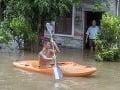 Záplavy spôsobené tajfúnom Hato