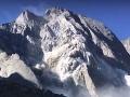 VIDEO Obrovská tragédia v Alpách: Zrútila sa časť kopca, osem nezvestných