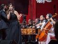 Na koncerte Cigánskych diablov si zaspievala aj dcéra Silvia Šarköziovej a Ernesta Šarköziho, Vanessa.