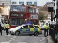 Súd uznal tínedžera vinným z uloženia bomby v londýnskom metre: Pri rozsudku ani brvou nepohol