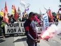 Francúzi so sebou nenechajú zametať: Protestanti sa vzbúrili proti novej reforme