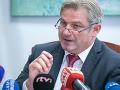 VIDEO Ficov úradník sa zapotil pri vysvetľovaní 70 miliónovej kauzy právnika: Celé je to inak!