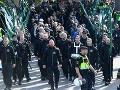 FOTO Pochod neonacistov si vyžiadal niekoľko zranených: Extrémisti si priniesli aj výstroj