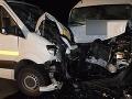 FOTO Nehoda dvoch vodičov (28,32) z Poľska pri Čadci: Po zrážke siedmi zranení