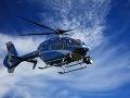 Doslova spadol z oblakov: Žena porodila chlapčeka v helikoptére, ktorá ju viezla do nemocnice