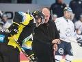 Vysmiaty Kotleba vhadzoval buly na extraligovom zápase: Lintner pohoršený, zneužili nás!