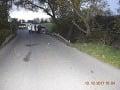 FOTO Tragická nehoda pri Bidovciach: Zahynuli 2 ľudia, auto je totálne na šrot