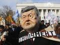 Kyjev na nohách: Demonštranti protestujú proti Porošenkovej vláde