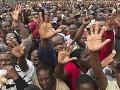 Povolebné násilnosti v Zimbabwe: Súdia 22 ľudí za podnecovanie verejného násilia