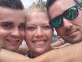 FOTO Žena (28) a dvaja muži žijú v jednom vzťahu: Ľudia si myslia, že žartujeme