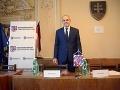 Kotlebova vláda v Banskobystrickom samosprávnom kraji končí: Ján Lunter zložil sľub