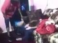 Dcérka urobila nevinnú vec: VIDEO Otca to rozzúrilo tak veľmi, že jej urobil peklo na zemi
