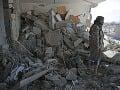 Nálety na jemenské mesto Sáná: Peklo na zemi, konflikt si vyžiadal už vyše 10-tisíc obetí