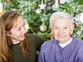 FOTO Keď vnučka zistila, čo sa skrýva v babkiných vianočných guliach, dostala záchvat smiechu