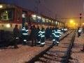 FOTO Cestujúci zažívali chvíle strachu: Vo Zvolene sa zrazili dva vlaky, množstvo zranených