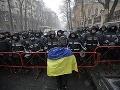 Ukrajina rázne protestuje: Dôvodom je návšteva českých politikov na Kryme