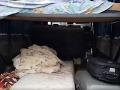 VIDEO Colníci zastavili vozidlo, neverili vlastným očiam: V aute bolo 19 migrantov