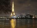 Seina vystúpila z brehov, v Paríži hrozia povodne: Úrady uzavreli niekoľko oblastí