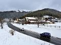 Snehová nádielka spôsobuje problémy: Stúplo lavínové nebezpečenstvo, Donovaly uzavreté