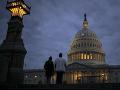 Snemovňa v USA schválila dvojročný rozpočtový balík, skončil sa tzv. shutdown