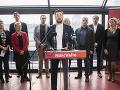 Začína sa boj o Bratislavu! Prvý kandidát a je to prekvapenie: Spevák známej slovenskej kapely