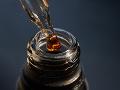V Iráne predávali jed vo fľaši: Pančovaným alkoholom sa smrteľne otrávilo 22 ľudí