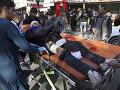 Taliban opäť vraždil: Pri útoku militantov a výbuchu v hoteli zahynulo najmenej 29 ľudí
