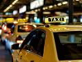 Českí taxikári si na zmeny musia počkať: Zmena zákona stroskotala, hrozia ďalšie protesty