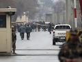 Výbuch bomby v mešite si vyžiadal tri životy a desiatky zranených: Za útokom údajne stojí Daeš