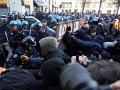 Taliani sa búria, pochodujú na protest proti neofašistickej strane: FOTO Výrazne násilnosti