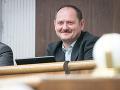 Maďarské fórum je pripravené rokovať s SMK, tvrdí Simon